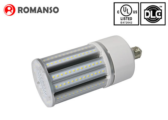 China Mais-Licht 45w 3000k DLC LED E26/E39 5850LM IP65 für Straßenlaterne distributeur